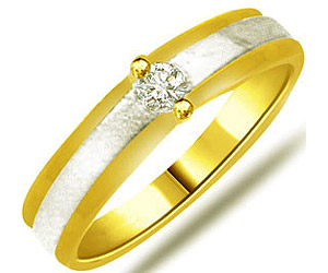 0.07ct Two Tone Solitaire rings In 18K Gold