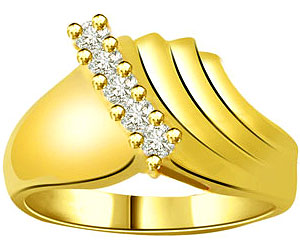 0.12 cts Designer 18K Yellow Gold Diamond rings