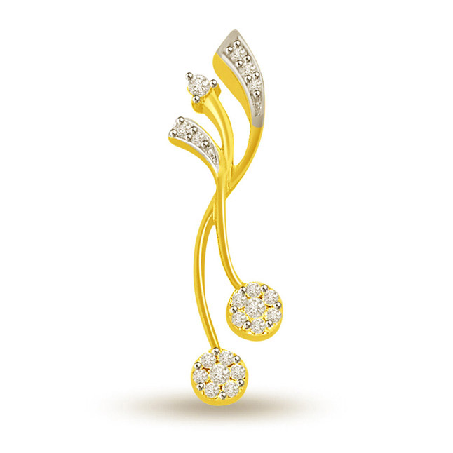 0.15 cts Designer 18K Gold Diamond Pendants -Designer Pendants
