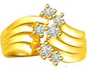 0.18 cts Designer Diamond rings In 18K Gold