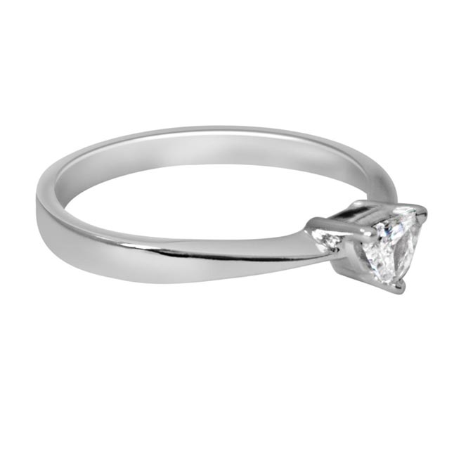 0.18ct Pantagone G/I1 Solitaire Diamond Engagement rings in 14kt White Gold