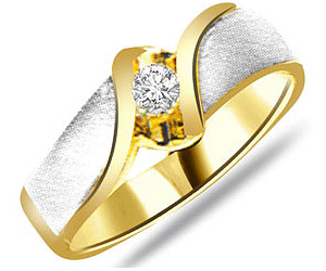 0.20ct Two Tone Solitaire Diamond rings