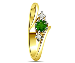 0.21 cts Diamond & Emerald rings -Diamond & Emerald