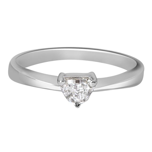 0.21ct Pantagone G/I1 Solitaire Diamond Engagement rings in 14kt White Gold