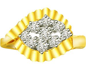 0.22 cts Diamond rings in 18K Gold