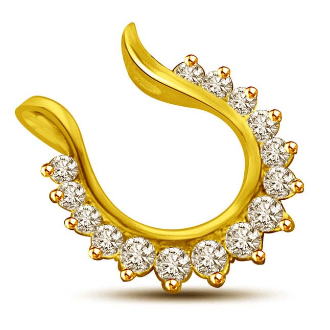 0.22CT Diamond Studded Horseshoe 18kt Pendants -Designer Pendants