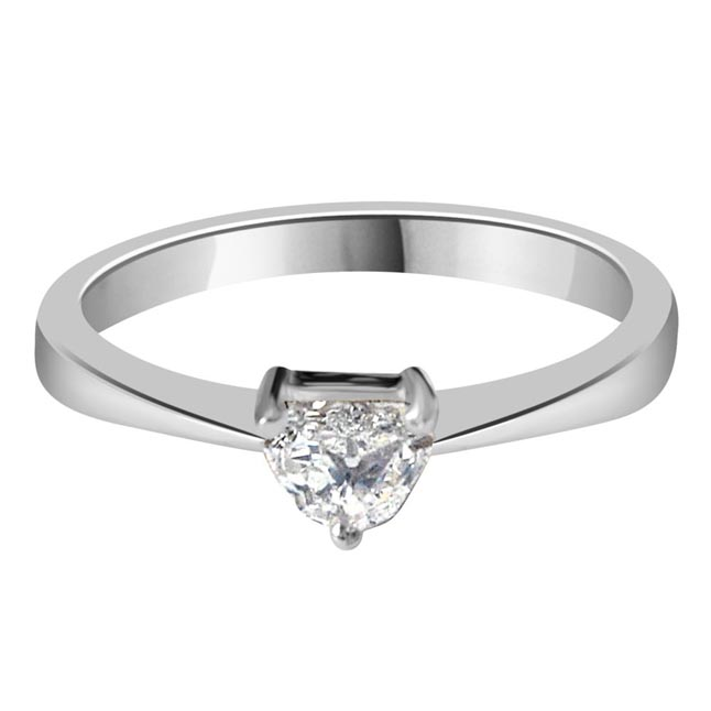 0.22ct Pantagone G/VS1 Solitaire Diamond Engagement rings in 14kt White Gold