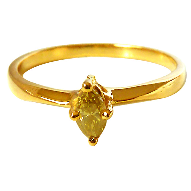 0.23ct Marquise Fancy Yellow Green Colour Solitaire Diamond Engagement rings