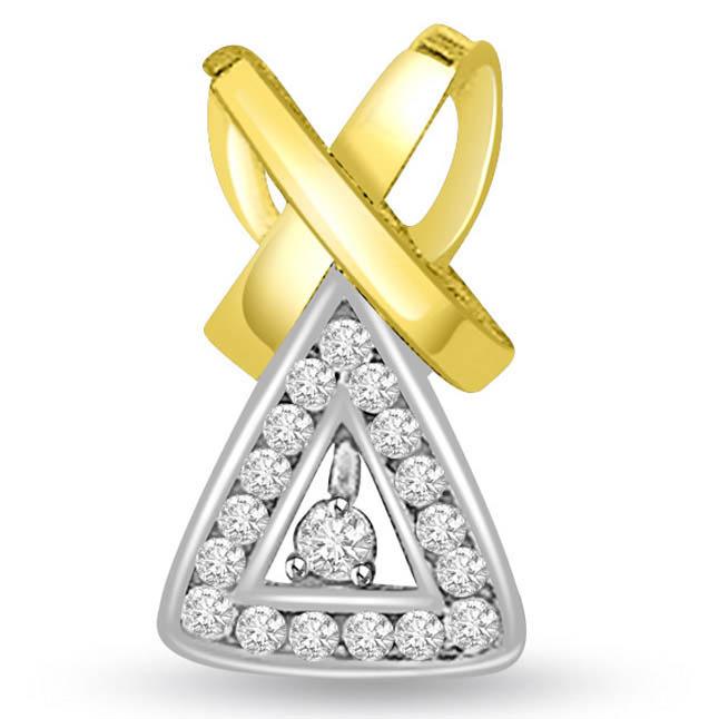 0.25 cts Trendy Triangle Two Tone Diamond Pendants