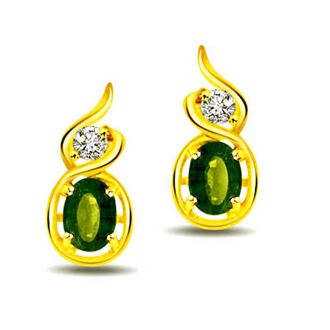 0.38 cts Diamond & Emerald Earrings -Dia & Gemstone
