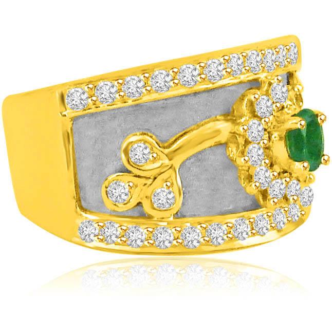0.73ct Wide B Emerald Diamond rings -Diamond & Emerald