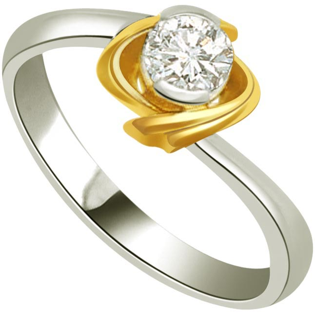 0.17cts L-M / I1 Big Solitaire Diamond Two Tone Ring in 18K Gold