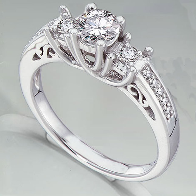1.10TCW F /VVS1 GIA Diamond Engagement rings with Accents -Rs.600001 & Above