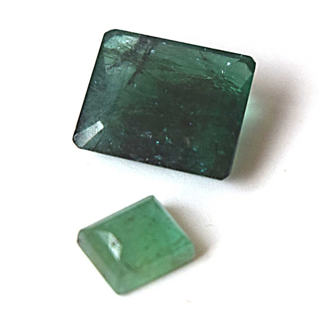 2/3.43cts Real Natural Rectangle Faceted Green Emerald Gemstone for Astrological Purpose (3.43cts Emerald)