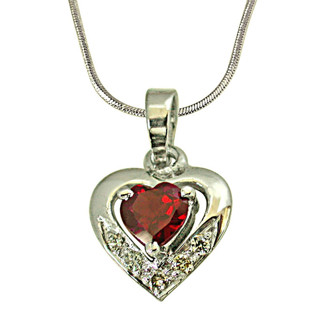 5 Diamonds Set in Heart Shape 925 Silver with Heart Garnet in Center Pendant with 18 IN Chain