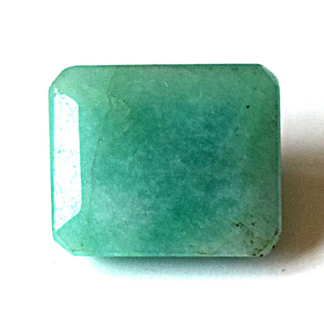 6.94cts Real Natural Rectangle Faceted Light Green Emerald Gemstone for Astrological Purpose (6.94cts Emerald)