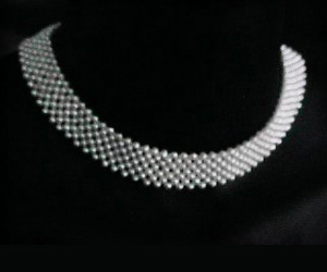 Enchantment -Pearl Choker