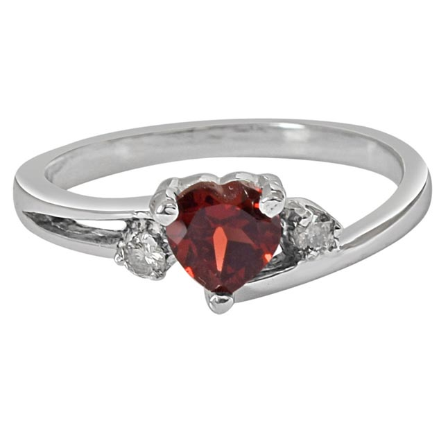 Heart Shaped Red Solitaire Garnet & Real Diamond 925 Sterling Silver Ring