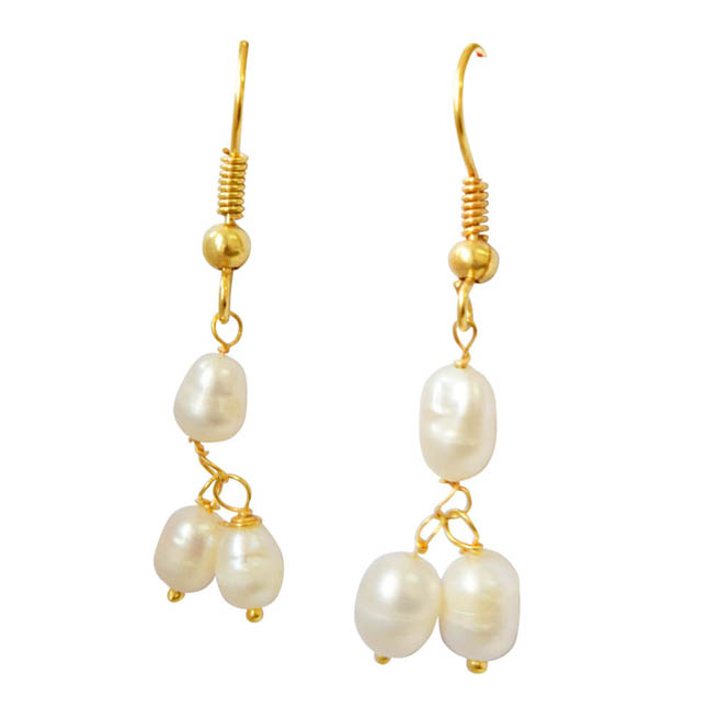 Elegant Fresh Water Pearl Set With Earrings