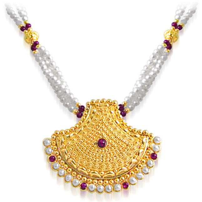 Pearl Glitters -Pendants Necklace