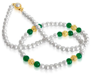 Royal Grace - Single Line Real Freshwater Pearl, Green Onyx Beads & Gold Plated Ball Necklace for Women (SN39)