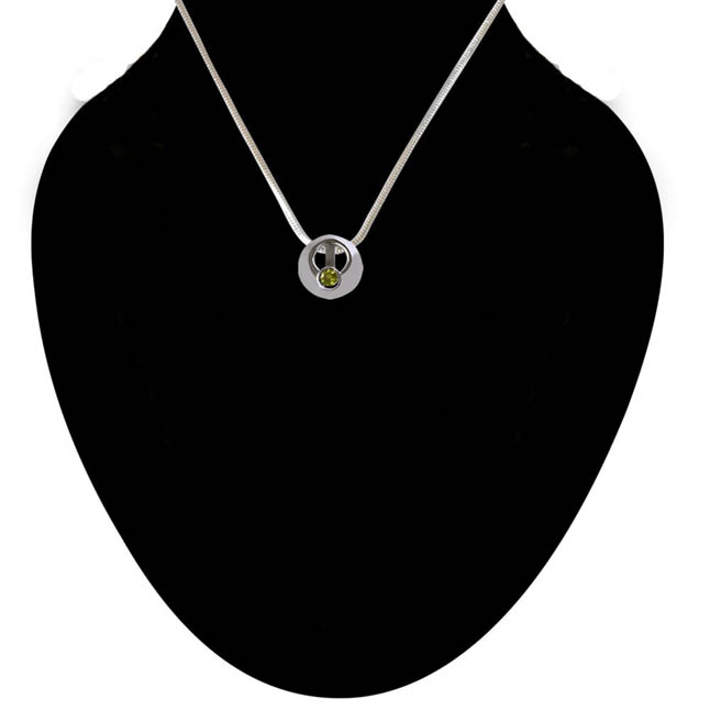 SparklingCircle - Green Peridot 925 Sterling Silver Pendant with 18 IN Chain