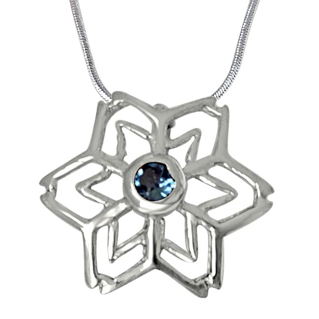 Floral Shaped Blue Topaz & 925 Sterling Silver Pendant with 18 IN Chain