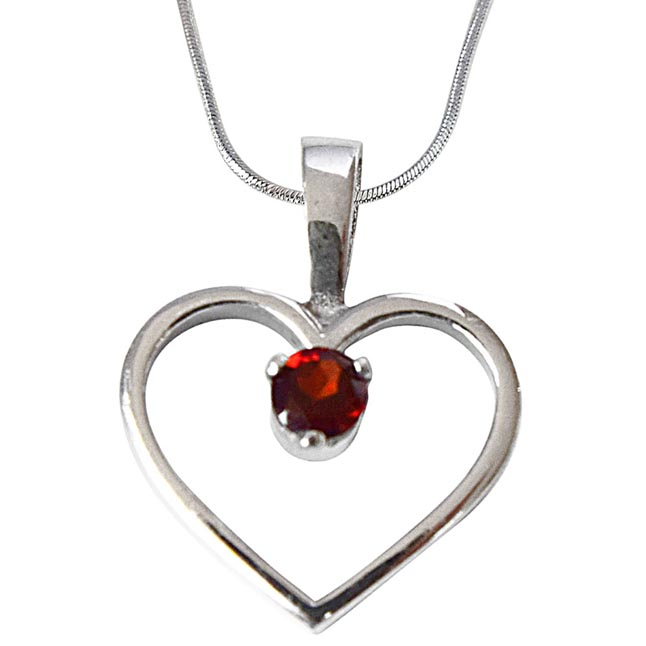 Heart Shaped Red Round Garnet in 925 Sterling Silver Pendant with 18 IN Chain