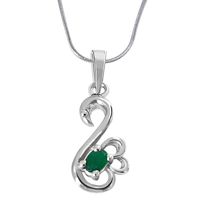 Green Oval Emerald in Peacock Shape 925 Sterling Silver Pendant for girls with 18 IN Silver Finished Chain SDP513