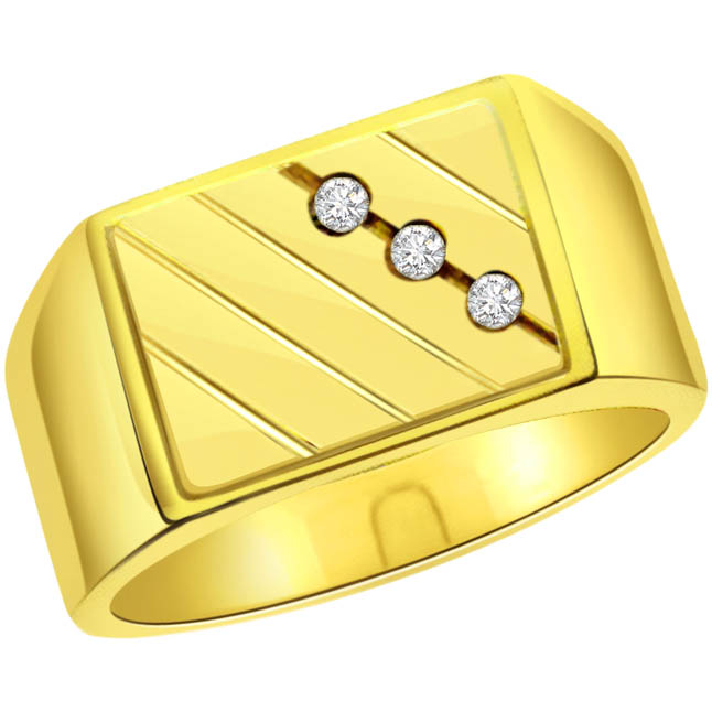 mens diamond ring in 18k gold