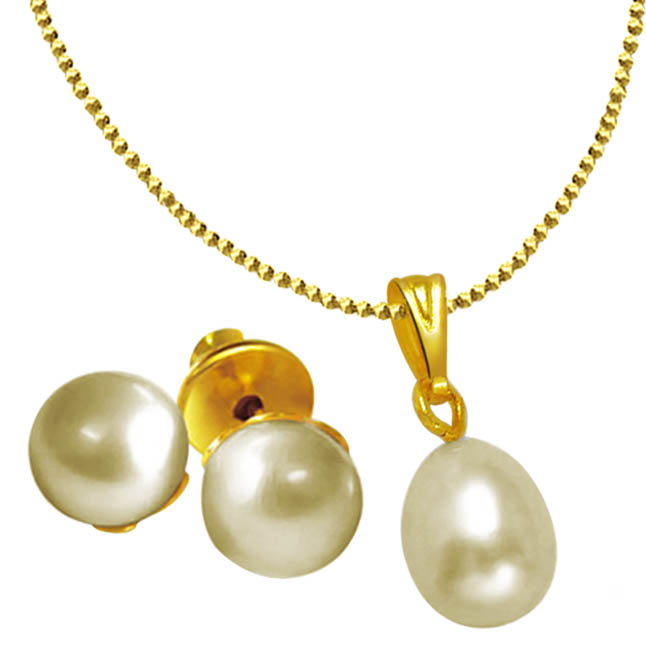 pearl &gold plated pendant set