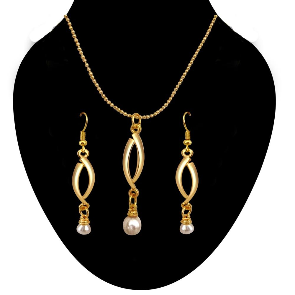 Sensual Pearl Set - Natural Real Pearl & Gold Plated Pendant & Earring Set Jewellery for women with Chain (SDS144)