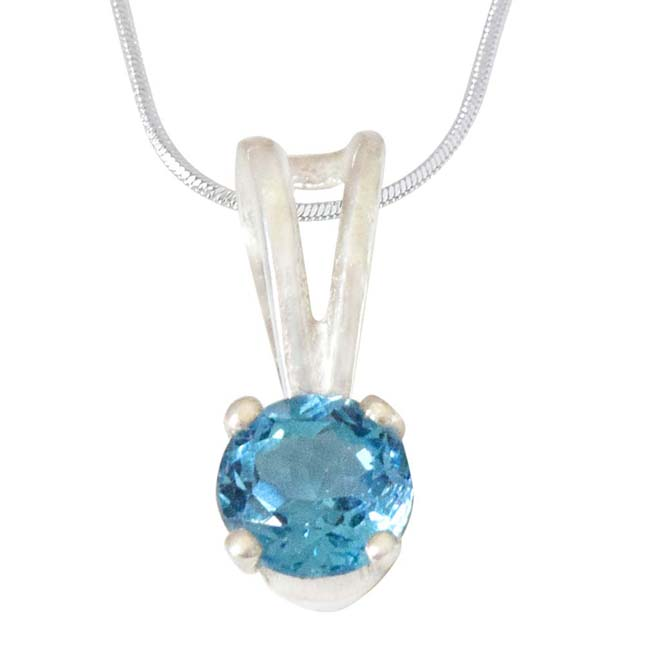 2.50 cts Blue Topaz & Sterling Silver Pendant  with Silver Finished 18 IN Chain (SDS309)