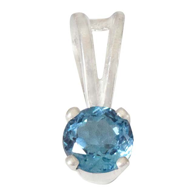 1.00 cts Blue Topaz & Sterling Silver Pendant  with Silver Finished 18IN Chain SDS308