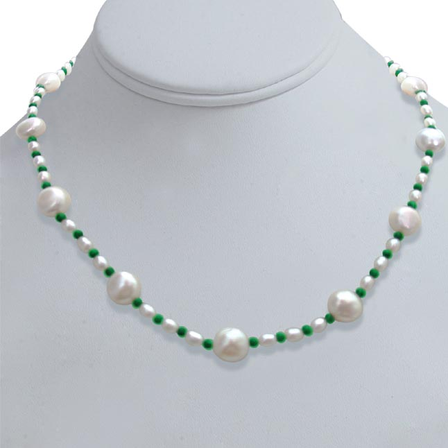 Pearl Diva - Single line Real Freshwater & Rice Pearl & Round Green Malachite Beads Necklace (SN265)
