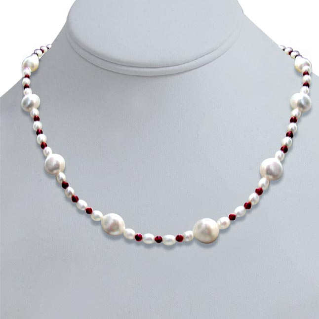 Mocha - Single line Real Freshwater & Rice Pearl & Round Red Garnet Beads Necklace (SN278)