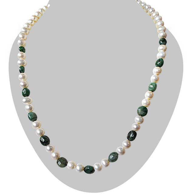 Single Line Real Freshwater Pearl & Green Oval Emerald Necklace for