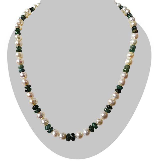 Real Freshwater Pearl & Round Green Emerald Single Line Necklace