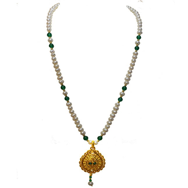 Single Line Real Freshwater Pearl, Onyx & Gold Plated Pendant Necklace for Women (SN982)