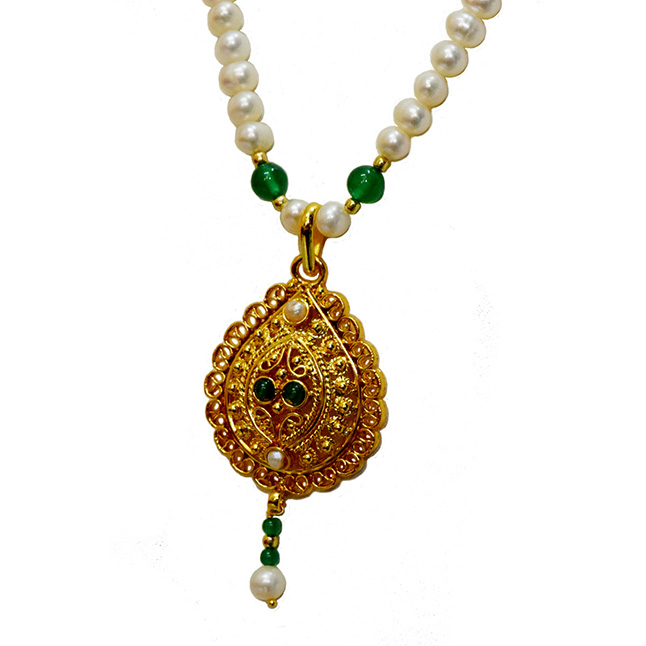 Single Line Real Freshwater Pearl, Onyx & Gold Plated Pendant Necklace for Women