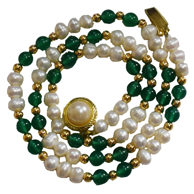 Single Line Real Freshwater Pearl, Onyx Beads & Gold Plated Beads Necklace