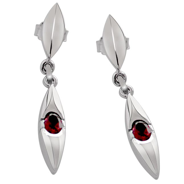 Adoration - Oval Shaped Red Garnet & Sterling Silver hanging Earrings for Women (SDS85)