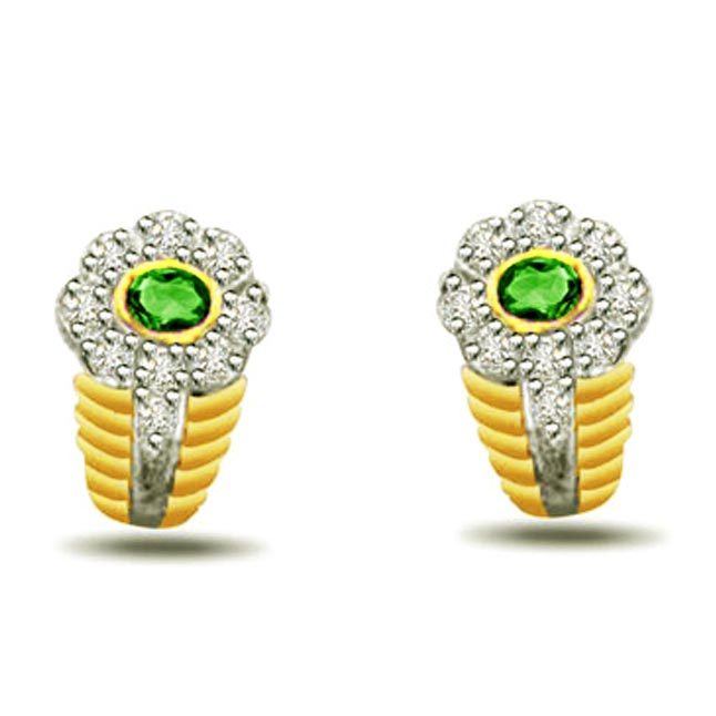 Beauty of Breeze 0.18 ct Diamond & Emerald Earrings -Dia & Gemstone