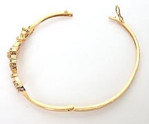 Love Guaranteed -Diamond Bracelets