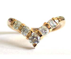 Brilliant 5 Diamond rings