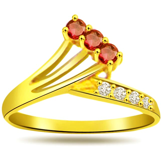 Classic Diamond & Ruby rings SDR987