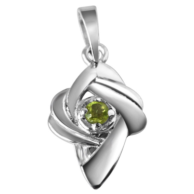Crazy Daisy Peridot & Sterling Silver Pendant with 18 IN Chain