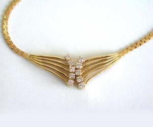 Diamond Necklace Pendants DN2300 -Solitaire Mangalsutra