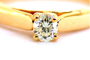 Divine Delight Diamond rings -18k Engagement rings