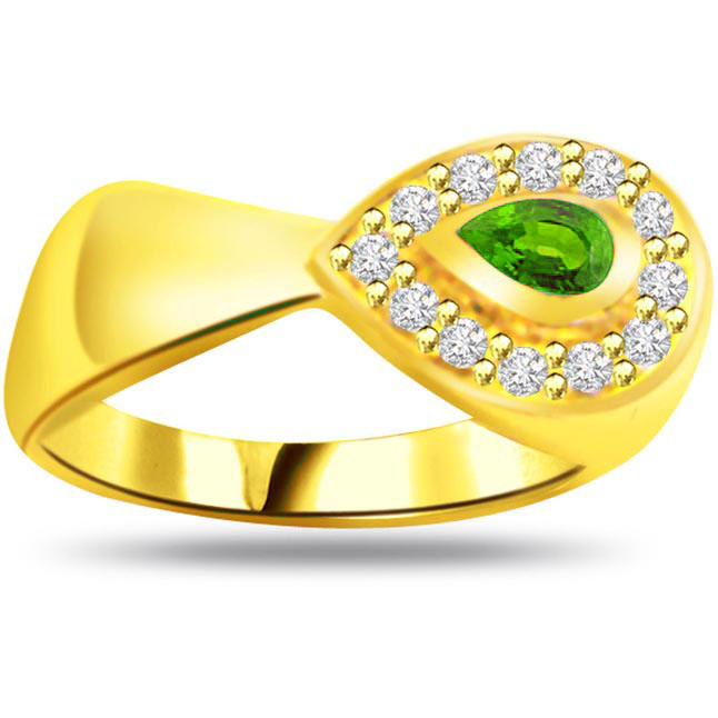 Divine Grace Classic Diamond & Emerald rings SDR1125